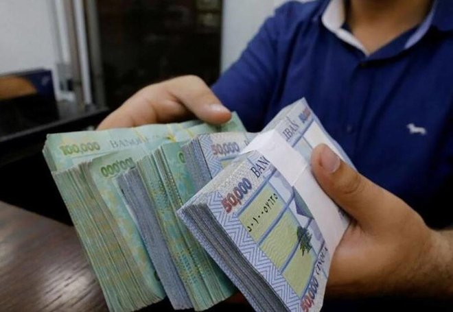 السقوط الحر للعملة اللبنانية مستمر .. 15500 ليرة للدولار