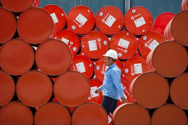 بنك أوف أمريكا يتوقع ارتفاع سعر النفط إلى 100 دولار للبرميل العام المقبل