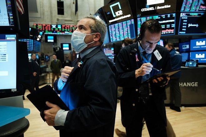 الأسهم الأمريكية تغلق على ارتفاع قياسي