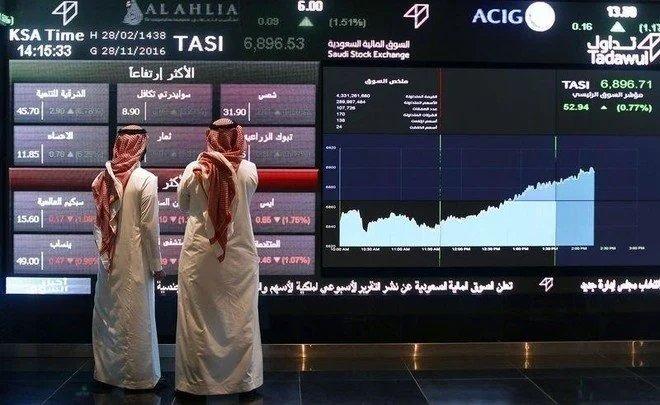 مؤشر الأسهم السعودية يخترق مستوى 11 ألف نقطة لأول مرة في نحو 7 سنوات