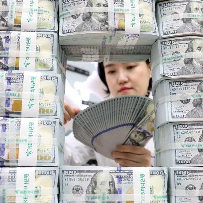 زيادة الثروة أزمة تطفو على السطح في أمريكا .. الاحتكارات التكنولوجية تغتنم طفرة الأسهم والإغلاقات