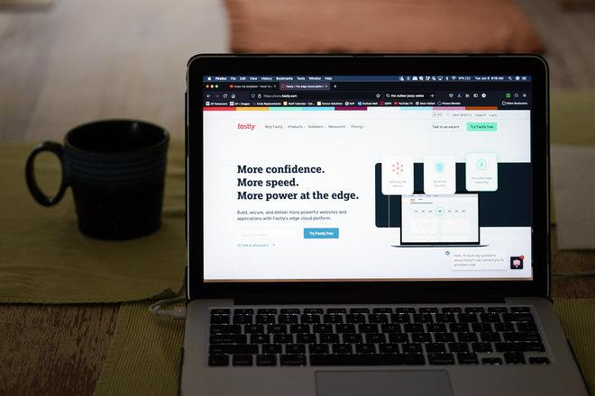 فاستلي: خلل في البرمجيات وراء انقطاع خدمة الإنترنت في العالم