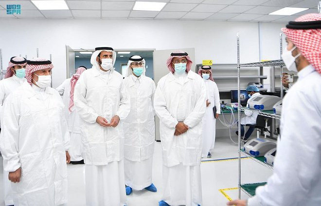 """تدشين أول جهاز تنفس صناعي بمواصفات عالمية """"صنع في السعودية"""""""