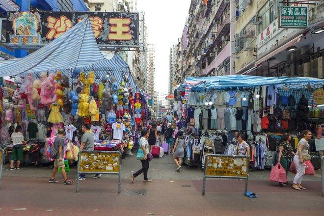 هونج كونج .. بلد الـ 280 ألف مليونير تشهد انتشارا مخيفا للفقر