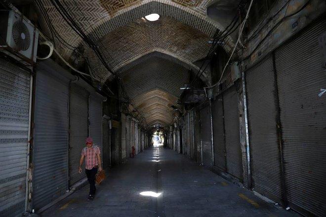 الاحتجاجات تتواصل في إيران وتمتد إلى العاصمة طهران