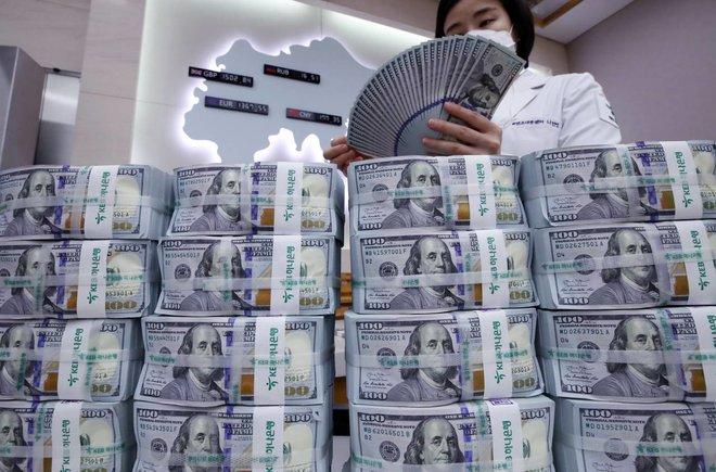 التضخم يرفع أسعار العائد على السندات الأمريكية ويعزز أسهم الأسواق الصاعدة