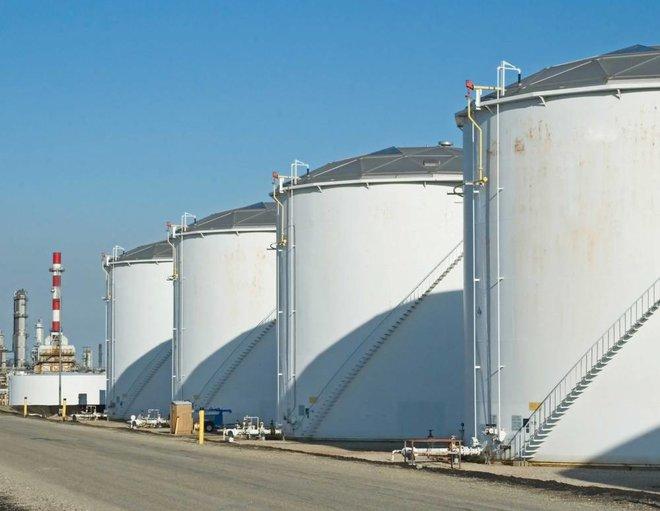 النفط يعزز مكاسبه فوق 75 دولارا .. استعاد مسار الصعود لأعلى مستوى في أسبوعين