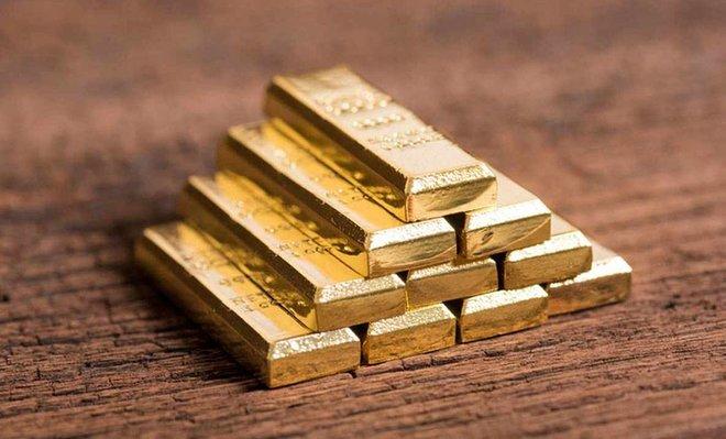 أفضل أداء أسبوعي للذهب في شهرين .. والدولار يفقد قوة الدفع