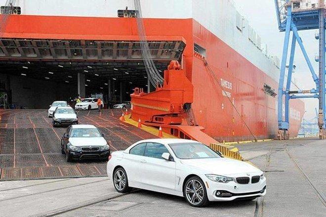 حظر استيراد 7 أنواع من السيارات المستعملة .. وتحميل المستورد تكاليف التفتيش والإتلاف