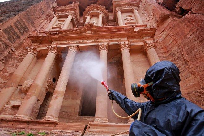 انخفاض الدخل السياحي بالأردن 44% في النصف الأول للعام الجاري