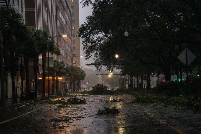 """الإعصار """"إيدا"""" يكلف شركات التأمين الأمريكية أكثر من 15 مليار دولار"""