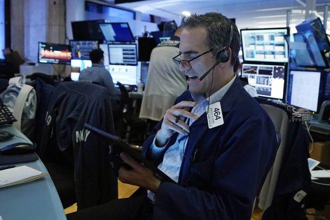 الأسهم الأمريكية تصعد بعد أسبوع صعب .. التركيز يتجه إلى تأثير التعديلات الضريبية في أرباح الشركات