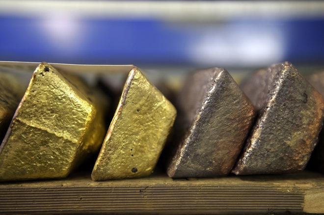 أسعار الذهب تستقر مع ترقب المستثمرين بيانات التضخم الأمريكية