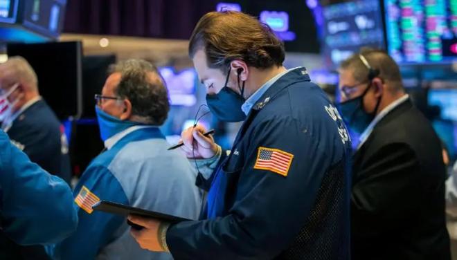الأسهم الأمريكية ترتفع مع تباطؤ نمو أسعار المستهلكين
