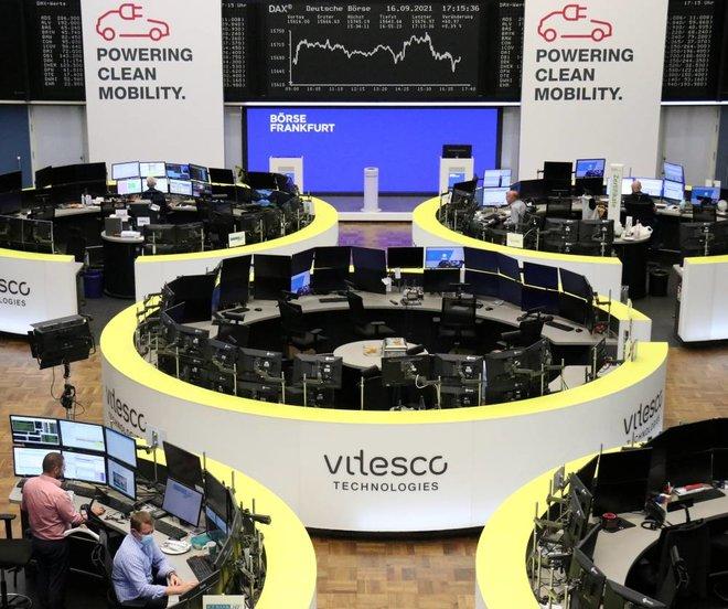 الأسهم الأوروبية ترتفع عند الإغلاق بقيادة قطاع السفر والترفيه