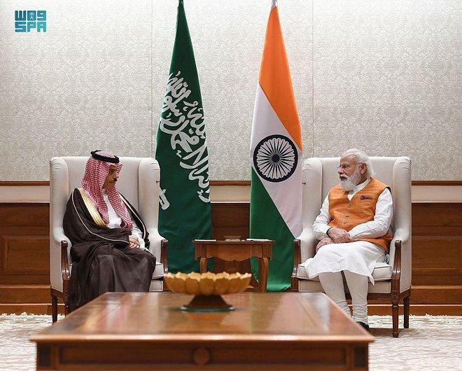 وزير الخارجية يبحث مع رئيس وزراء الهند العلاقات السعودية الهندية التاريخية