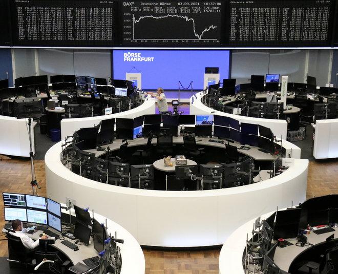 أكبر تراجع للأسهم الأوروبية في أسبوعين بفعل بيانات الوظائف الأمريكية