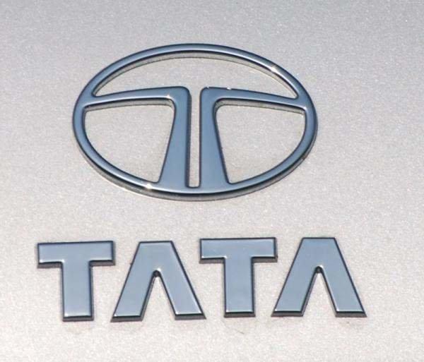 """صفقة بين """"إيرباص"""" و""""تاتا"""" بـ 3 مليارات دولار لتصنيع طائرات عسكرية"""