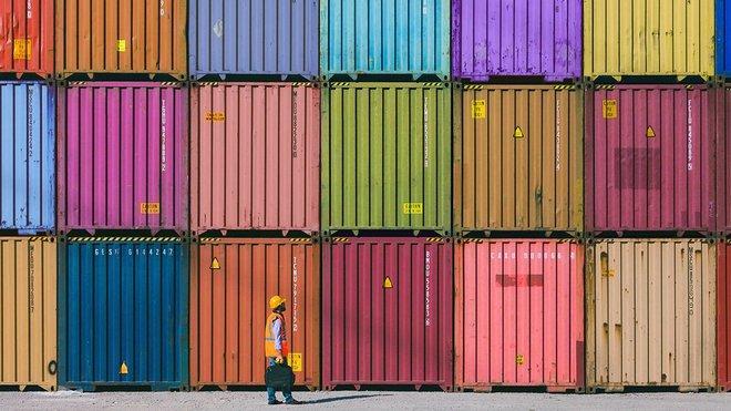الشركات التي تواجه اختناقات في سلاسل التوريد قد تصبح هدفا للقراصنة