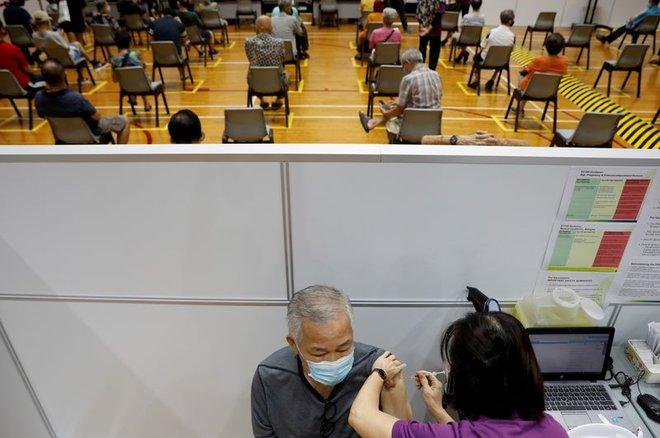 سنغافورة توسع نطاق استقبال الوافدين دون حجر صحي