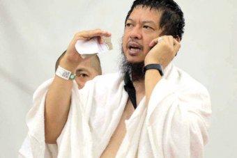 350 مسلما جديدا أعلنوا اسلامهم عبر الهاتف في المشاعر المقدسة