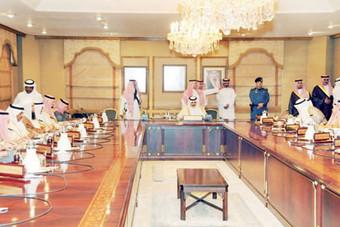 مجلس «الشرقية» يدعو إلى فتح الاستثمار في الكورنيش والواجهة البحرية