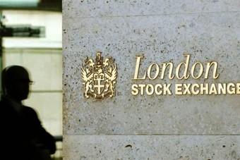 مؤشر بورصة لندن يغلق على انخفاض
