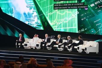 """ياسر الرميان في """"مبادرة مستقبل الاستثمار"""" : استثماراتنا الداخلية تنعكس إيجابا على عدة مجالات"""