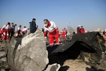 دول تطالب إيران بدفع تعويضات لعائلات ضحايا الطائرة الأوكرانية