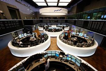 """الأسهم الأوروبية تهبط بفعل خسائر بعد تحذير من """"أبل"""""""
