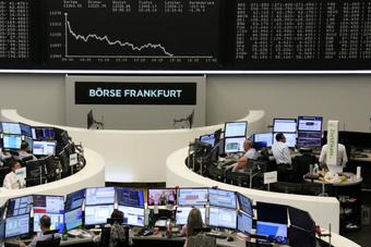 أسهم أوروبا ترتفع بفعل تراجع اليورو وانخفاض حالات الإصابة الجديدة بكورونا