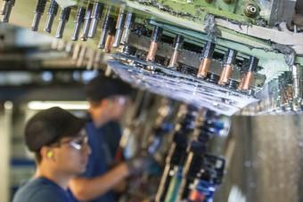 ايرباص تعتزم شطب أكثر من 2000 وظيفة في قطاع التسليح والفضاء
