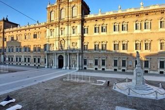 مخاوف من تراجع كبير في عائدات السياحة الإيطالية بسبب كورونا