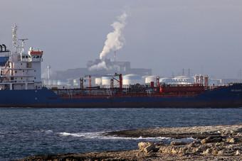 واردات النفط الخام الإسبانية تتراجع 6.2% على أساس سنوي