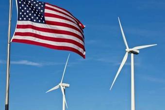 قطاع الطاقة النظيفة في أمريكا يخسر 18% من الوظائف أثناء الجائحة