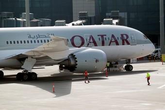 """أزمة """"الخطوط القطرية"""" تتواصل .. تقليص الأسطول وتأجيل طلبيات الطائرات 10 أعوام"""