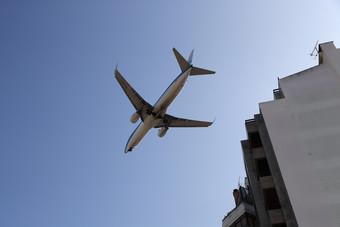 إسبانيا بصدد إعداد خطة لتقديم معونة استراتيجية لشركات الطيران