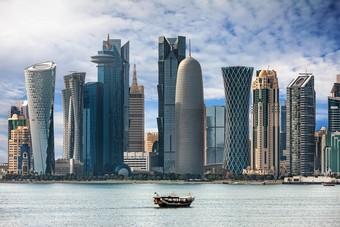 قطر تسجل 394 إصابة جديدة بفيروس كورونا