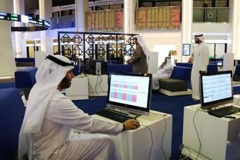 بورصة مصر تهبط وأسهم البنوك والقطاع العقاري تدعم بورصة الإمارات