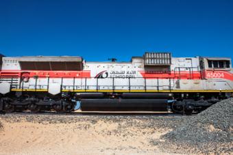 """""""الاتحاد للقطارات الإماراتية"""" توقع اتفاقا مع شركة صينية لمضاعفة عرباتها لثلاثة أمثالها"""