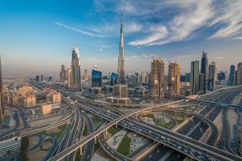 الاستثمار الأجنبي في دبي يهوي 74% خلال النصف الأول من 2020
