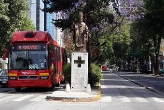 ارتفاع الطلب على وسائل النقل العام والطاقة في المكسيك