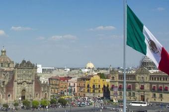 مؤشرات متباينة للنشاط الاقتصادي في المكسيك وسط تغيير طفيف في قيود كورونا