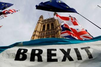 """بريطانيا والمفوضية الأوروبية يجريان تقييما لمفاوضات """"بريكست"""".. الوقت ينفد"""
