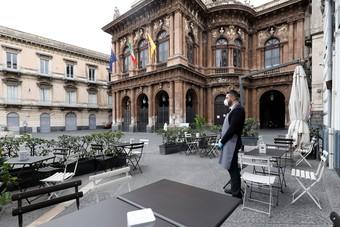 إيطاليا تسجل 35 ألف إصابة جديدة