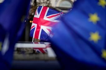 """بريطانيا وأمريكا توقعان اتفاقا للطيران في مرحلة ما بعد """"بريكست"""""""