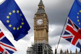 وزير المالية البريطاني: لن نوقع اتفاق تجارة لما بعد الخروج من الاتحاد الأوروبي بأي ثمن