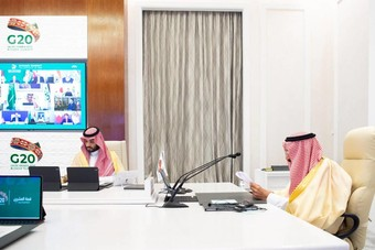 """محللون دوليون لـ """"الاقتصادية"""": النفط """"الأخضر"""" الهدف الجديد للسعوديين"""