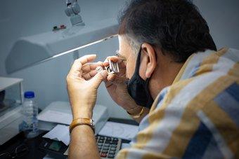 دبي تشهد بيع 379 ألف قيراط من الماس الخام بـ87 مليون دولار