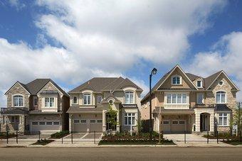 مبيعات المنازل الأمريكية الجديدة تهوي بنسبة 11% في نوفمبر